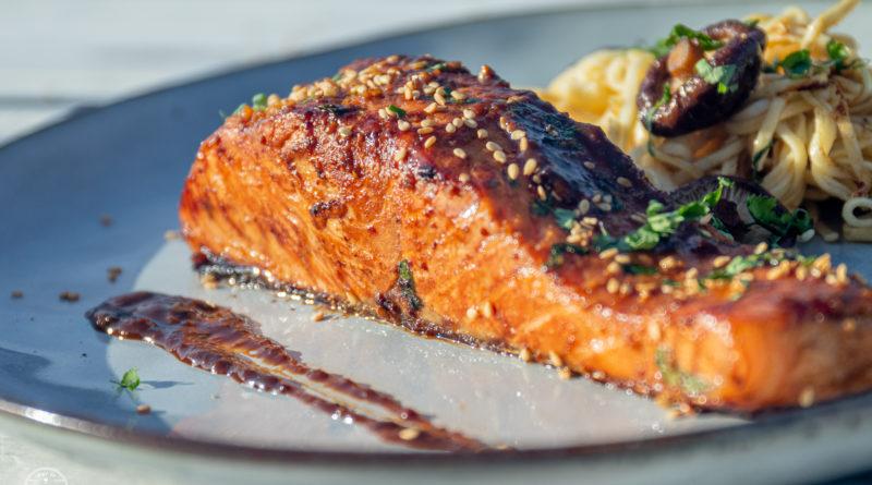 Pavé de saumon laqué